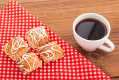 Coffee and biscuits on the tablecloth. Royalty Free Stock Images