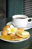 Coffee blin i chleb Zdjęcia Royalty Free