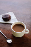 Coffee break with bakery Royalty Free Stock Photography