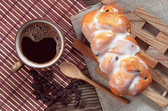 Coffee and bun Royalty Free Stock Photo