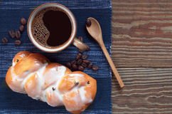 Coffee and bun Royalty Free Stock Images