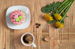 Coffee, cake and flowers Royalty Free Stock Images