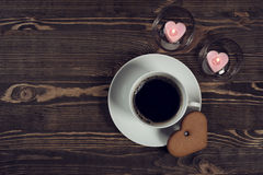 Coffee and cake in the shape of a heart Royalty Free Stock Photography