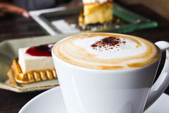 Coffee and cheesecake Royalty Free Stock Images