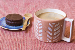 Coffee and chocolate biscuit Stock Photography