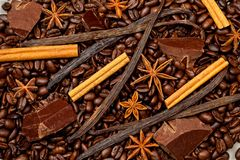 Coffee, chocolate and sweet spices Royalty Free Stock Photos