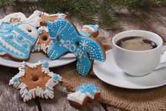 Coffee and Christmas gingerbread Royalty Free Stock Photos
