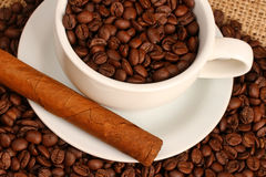 Coffee and cigar Royalty Free Stock Photography