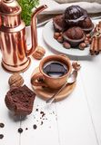 Coffee in clay cup with chocolate muffin Royalty Free Stock Photography