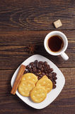 Coffee and crackers Royalty Free Stock Photography