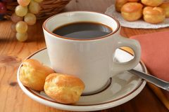 Coffee with cream puffs Royalty Free Stock Photography