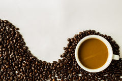 Coffee cup. And coffee  beans Royalty Free Stock Image