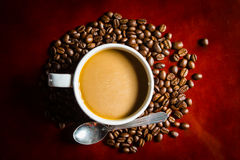 Coffee cup. And beans Royalty Free Stock Images