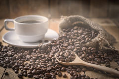 Coffee cup and beans Royalty Free Stock Photos