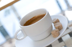 Coffee cup in cafe Royalty Free Stock Photos