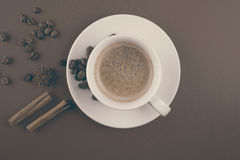Coffee cup with cinnamon Royalty Free Stock Photography