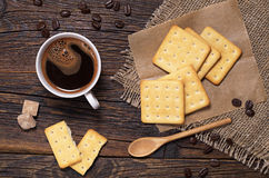 Coffee cup and cookies Royalty Free Stock Photography