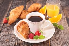 Coffee cup and croissant Royalty Free Stock Image