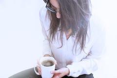 coffee cup dressing girl gown morning white Στοκ εικόνα με δικαίωμα ελεύθερης χρήσης
