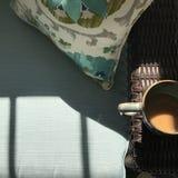 coffee cup dressing girl gown morning white Στοκ Φωτογραφίες