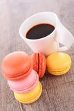 Coffee cup and macaroon Royalty Free Stock Photography