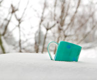 Coffee cup on winter day Royalty Free Stock Photos