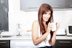 coffee cup woman young Στοκ φωτογραφίες με δικαίωμα ελεύθερης χρήσης