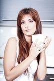 coffee cup woman young Στοκ φωτογραφία με δικαίωμα ελεύθερης χρήσης