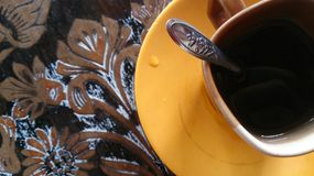 Coffee cup on wood table texture Royalty Free Stock Image