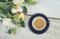 Coffee and flowers Royalty Free Stock Photos
