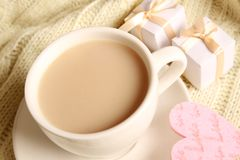 Coffee and gifts for loved ones Royalty Free Stock Photography