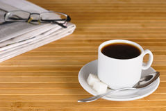 Coffee, glasses, news Royalty Free Stock Photography