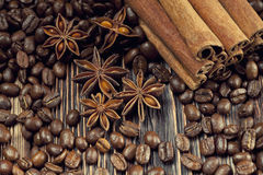 Coffee grains, anise and canella Royalty Free Stock Photos