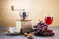 Coffee grinder, coffee and sweet Italian cookie cantuccini, grap Stock Photography