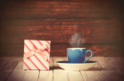 Coffee gringer and gift box Royalty Free Stock Photos