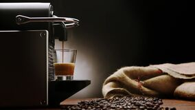 Free Coffee Machine For Italian Espresso -HD Cinemagraph Royalty Free Stock Photo - 190410705