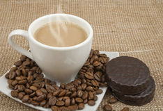 Coffee and milk, bob and chocolate biscuits Royalty Free Stock Photos