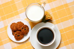 Coffee, milk and cookies Royalty Free Stock Photos