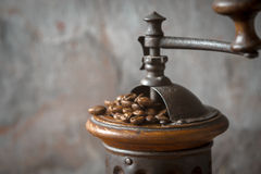 Coffee mill with coffee beans horizontal Royalty Free Stock Photography