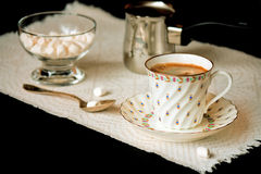 Coffee and mini marshmallows Royalty Free Stock Photography