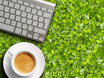 Coffee mug and keyboard. Royalty Free Stock Images