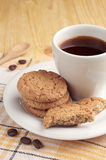 Coffee with oatmeal cookies Royalty Free Stock Photos
