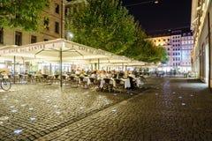 Coffee shop i Genève, Schweiz Fotografering för Bildbyråer