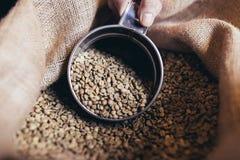 Coffee shoparbete och inre royaltyfri fotografi