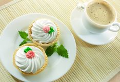 Coffee and small cakes Royalty Free Stock Photos