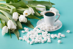 Coffee and tulips Royalty Free Stock Photos