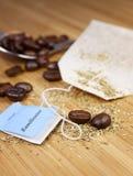 Coffeebeans y té Fotos de archivo libres de regalías