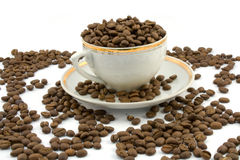 Coffeecup. Coffee beans and coffeecup isolated on white Royalty Free Stock Photo