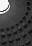 Coffering sur le plafond du Panthéon Photographie stock