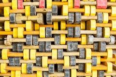 Coffrage de construction empilé sale Photographie stock